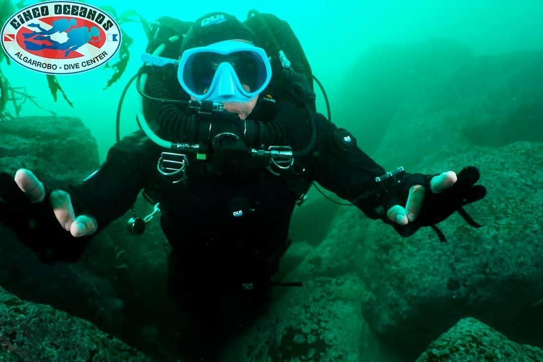 Buceo Guiado con Rebreather en Algarrobo