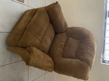 Sell: Rocking Recliner