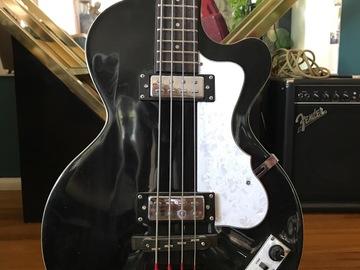 Rent : Hofner Bass