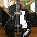Rent : Hofner Bass