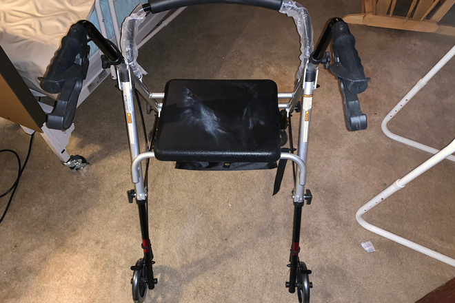 Lumex Set n' Go 2-in-1 Height-Adjustable Rollator