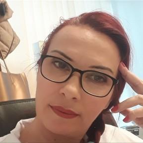 Dr. Aura Vlaston
