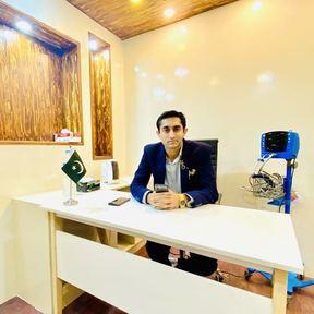 Dr Ali Hanif