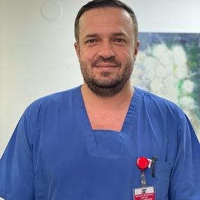 Dr. Alexandru Vizitiu