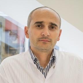 Dr. Dan Dumitrescu